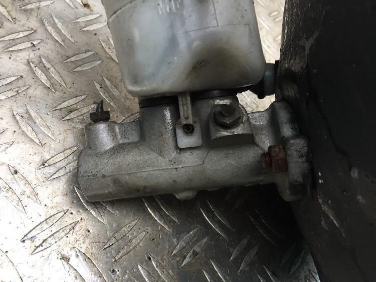 Pagrindinis stabdziu cilindras NENUSTATYTA n/a Volvo V40 1998 1.9