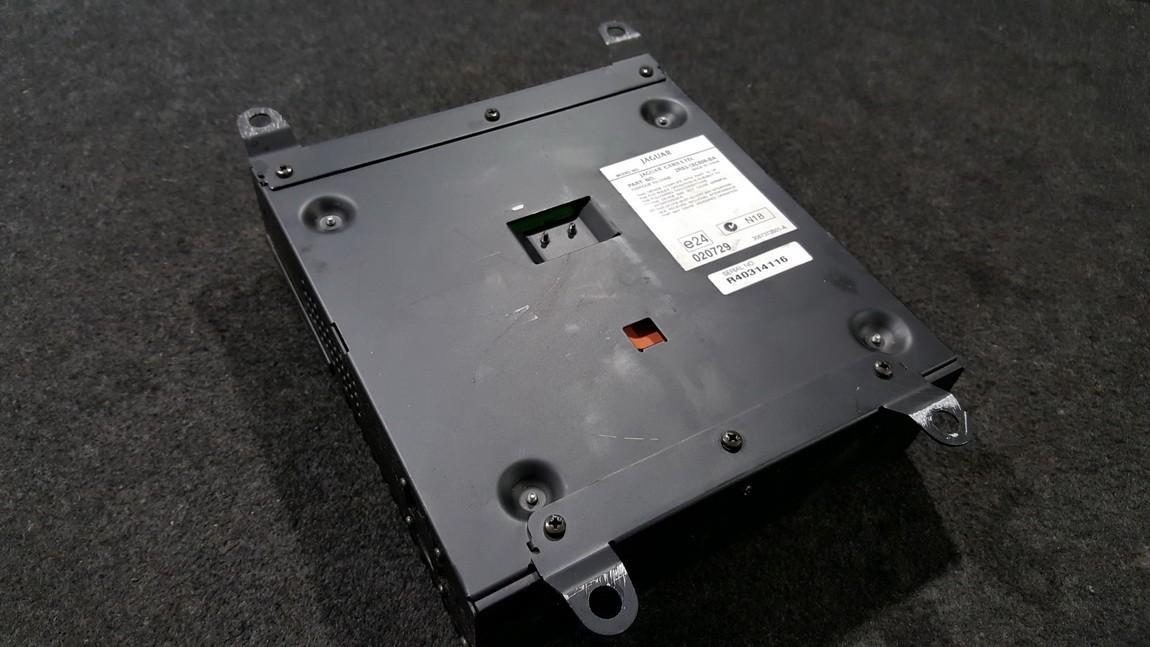 Audio amplifier Jaguar S-Type 2005    0.0 2R8318C808BA