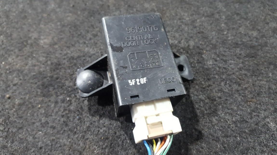 Door control relay Chevrolet Tacuma 2005    1.6 96190176