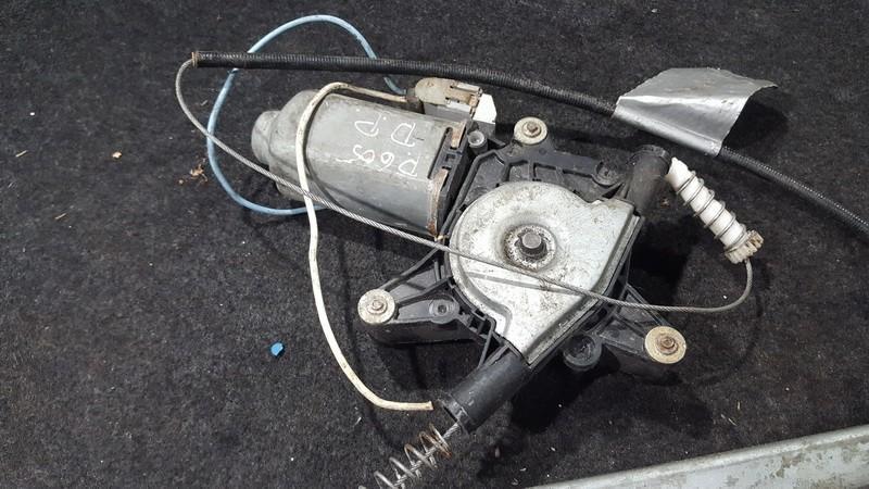 Моторчик стеклоподъемника - передний правый Peugeot  605 1989 - 1999