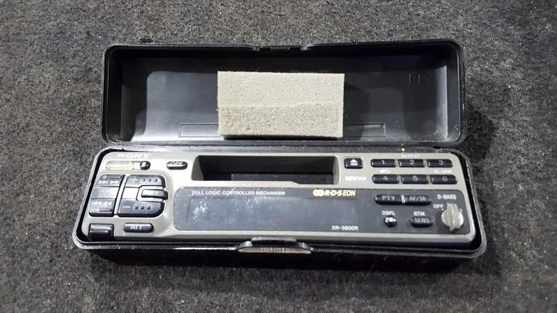 Autoradio Nissan Primera 1998    2.0 xr5800r