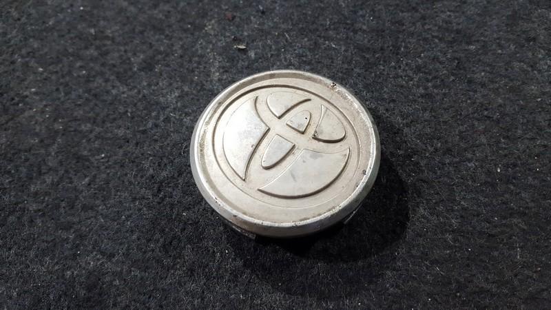 Center Cap (Cao assy-wheel hub) Toyota Avensis 2005    2.0 4260302150