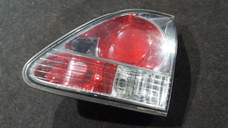 Galinio Dangcio zibintas G.D. (kapoto) NENUSTATYTA n/a Lexus RX - CLASS 2004 3.0