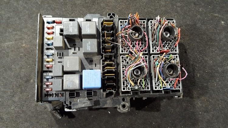 Saugikliu deze 4686722 p4686722 Chrysler VOYAGER 1999 2.5