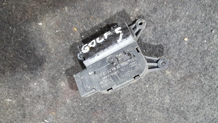 Электродвигатель заслонки отопителя 0132801342 983385v-g Volkswagen GOLF 2007 1.9