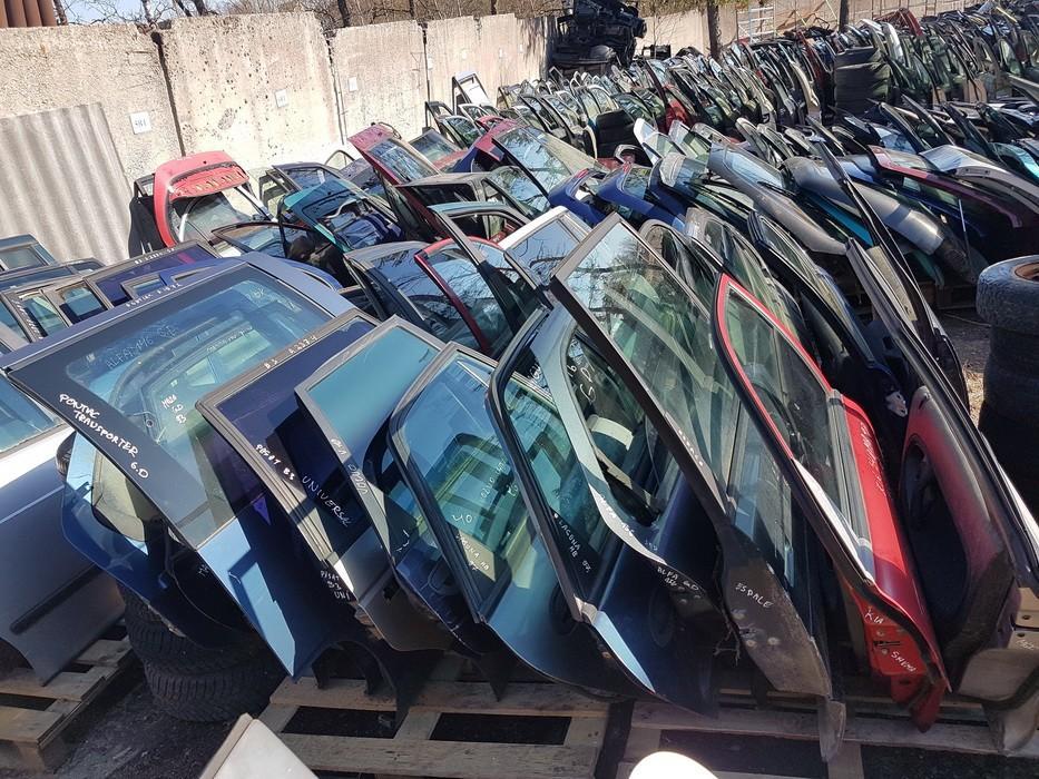Durys G.D. NENUSTATYTA nenustatyta Pontiac TRANS SPORT 1993 2.3