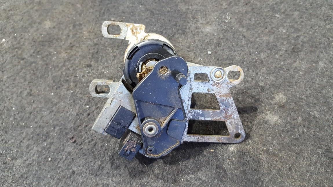 Rear lid lock (BOOT LOCK) 827297c 297d Volkswagen BORA 2001 1.9