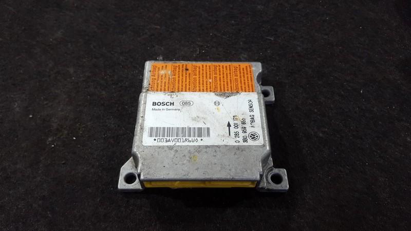 Airbag crash sensors module Volkswagen Passat 1998    1.6 0285001173