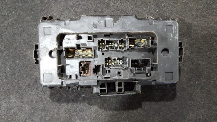 Saugikliu deze nenustatytas nenustatytas Honda STREAM 2001 1.7
