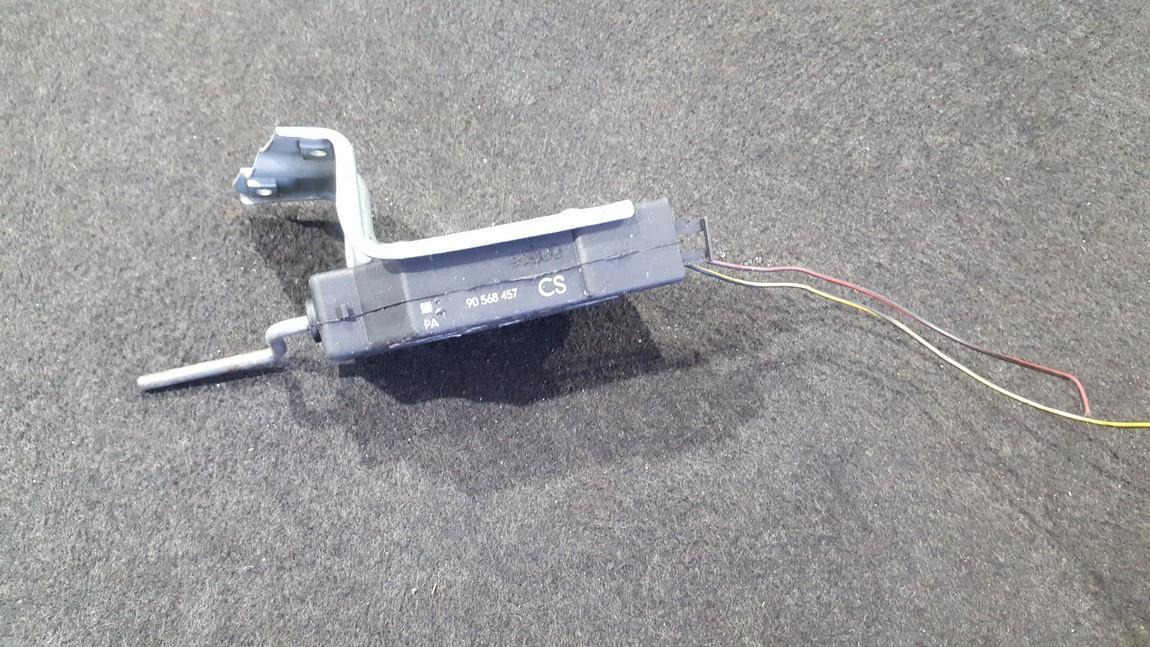 Centrinio duru uzrakto varikliukas Opel  Vectra, B 1995.09 - 2000.09