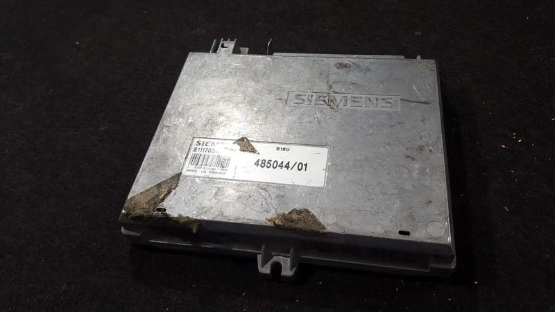 ECU Engine Computer  Volvo 460 1995    1.6 s111705104c