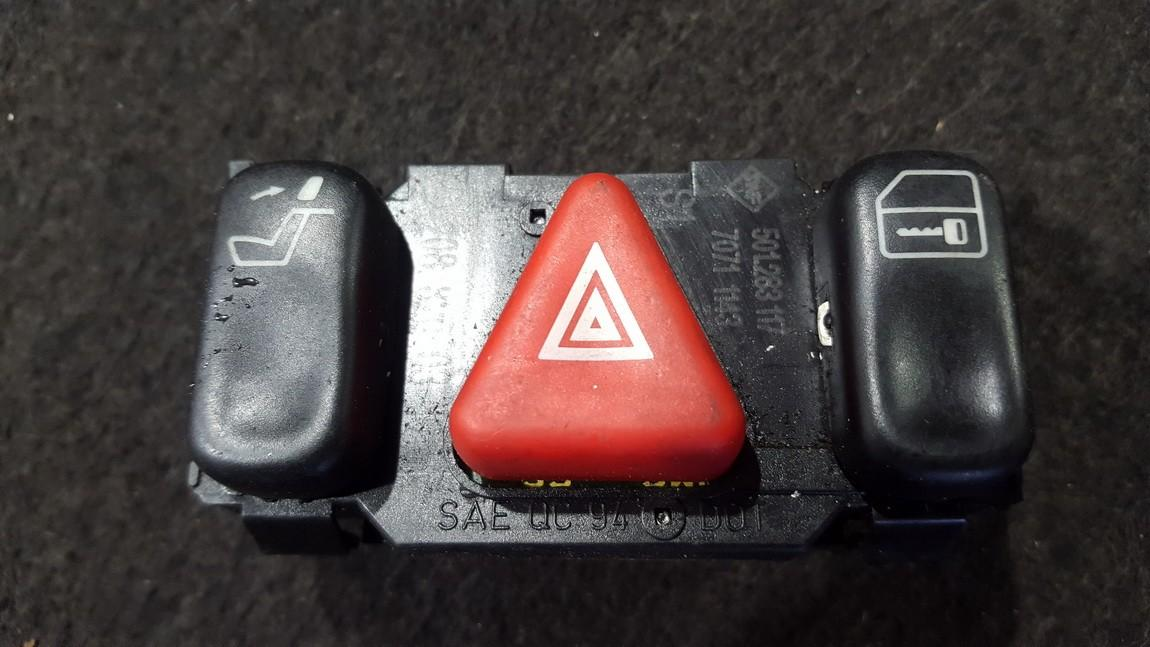 Hazard switch 2088200310 208 820 03 10, 501,283,117, 7071 1143 Mercedes-Benz CLK-CLASS 1998 2.3
