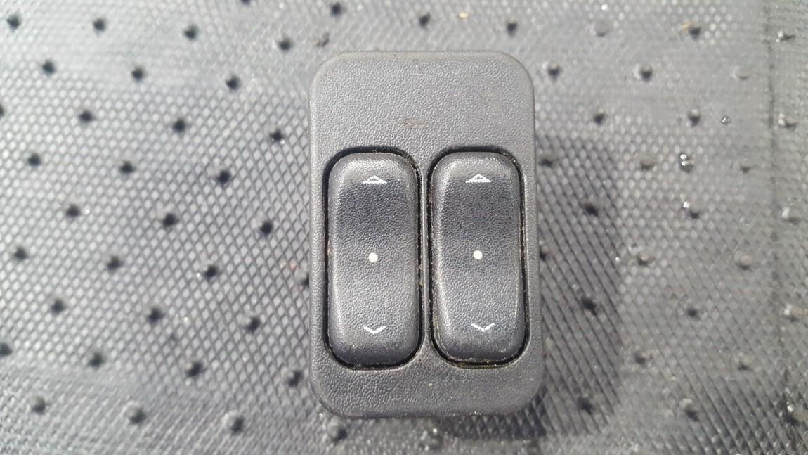 блока управления стеклоподъемниками (Knopka) 13363201 133 632 01, 90 561 088 Opel ZAFIRA 2002 2.2