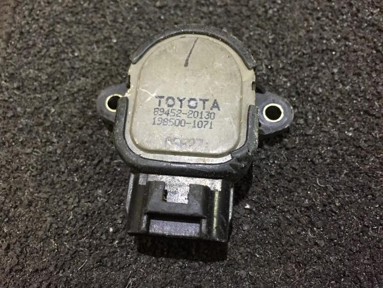 Droselines sklendes padeties daviklis (potenciometras) 8945220130 198500-1071 Toyota COROLLA 1994 1.3