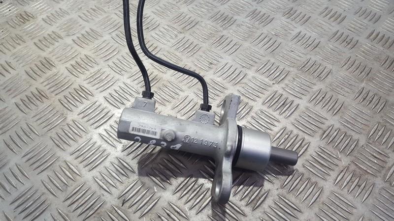 Brake Master Cylinder Audi A6 1998    2.4 6420s2