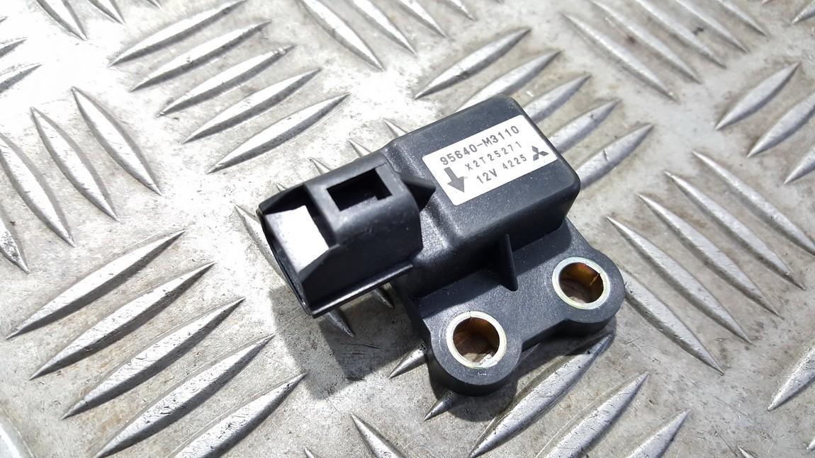 Other Sensor Hyundai Santa Fe 2004    0.0 85640M3110