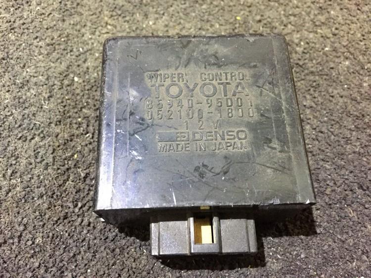 Wiper wash control Toyota Previa 1990    0.0 8594095d01