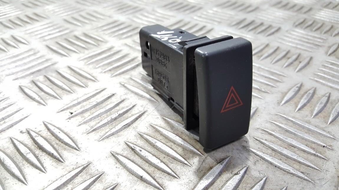 Кнопка аварийной сигнализации  157963TR9503 NENUSTATYTA Toyota AVENSIS 2001 2.0