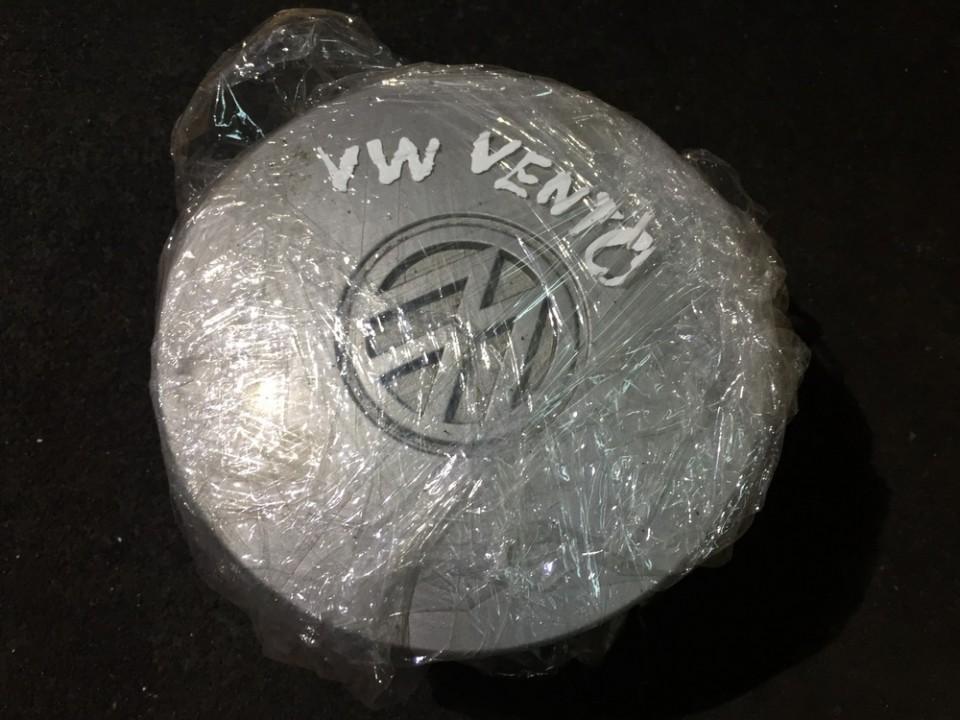 Center Cap (Cao assy-wheel hub) Volkswagen Vento 1999    0.0
