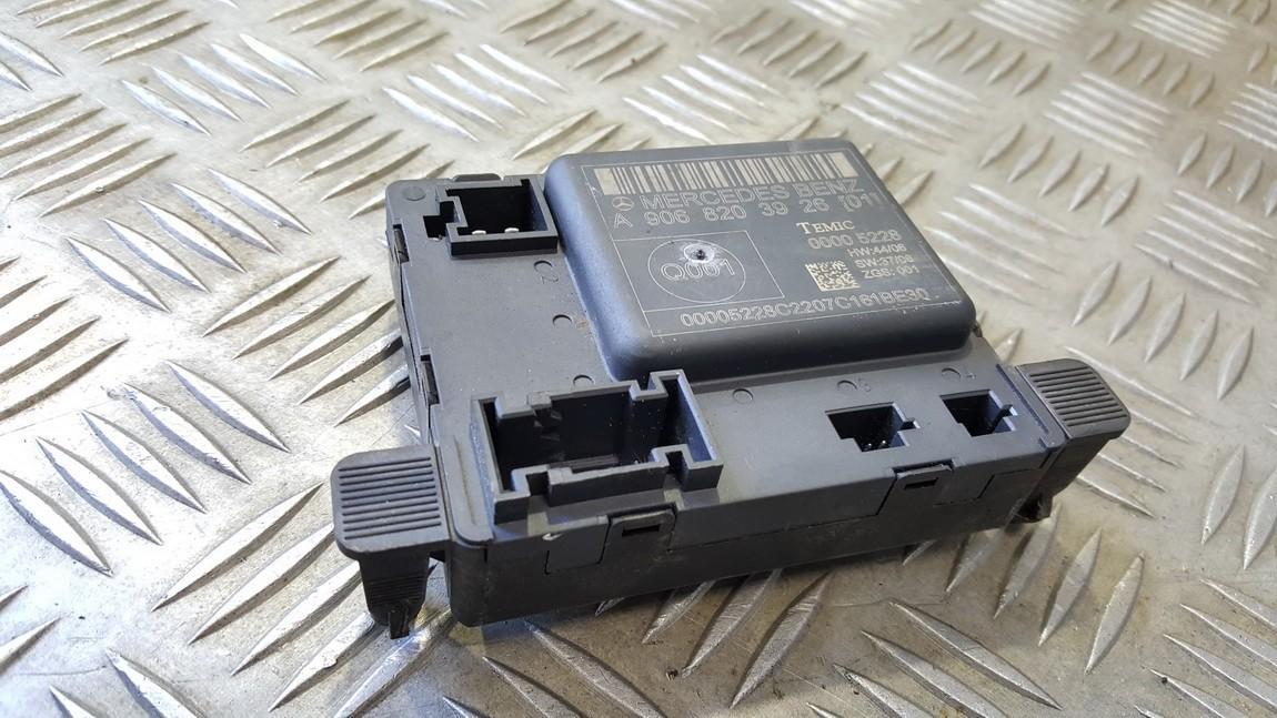 Door control relay Mercedes-Benz Sprinter 2006    0.0 A9068203926
