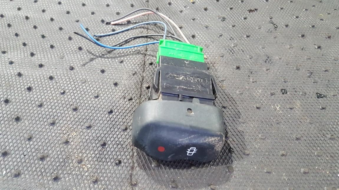 Door central locking lock unlock switch control Renault Megane 1998    1.6 841242B