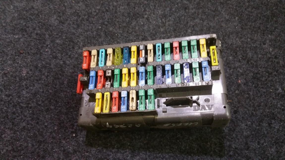9453478380 n/a fuse box fiat ulysse 1995 1 9l 12eur eis00220995