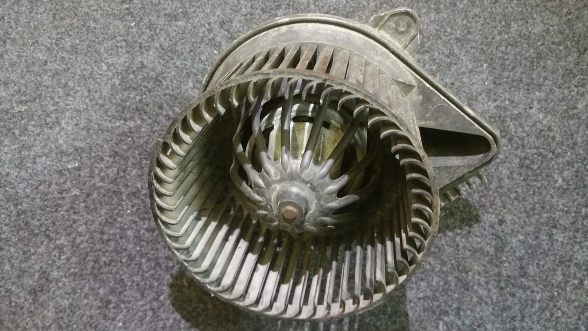 Heater blower assy Renault Scenic 1998    1.6 661075w