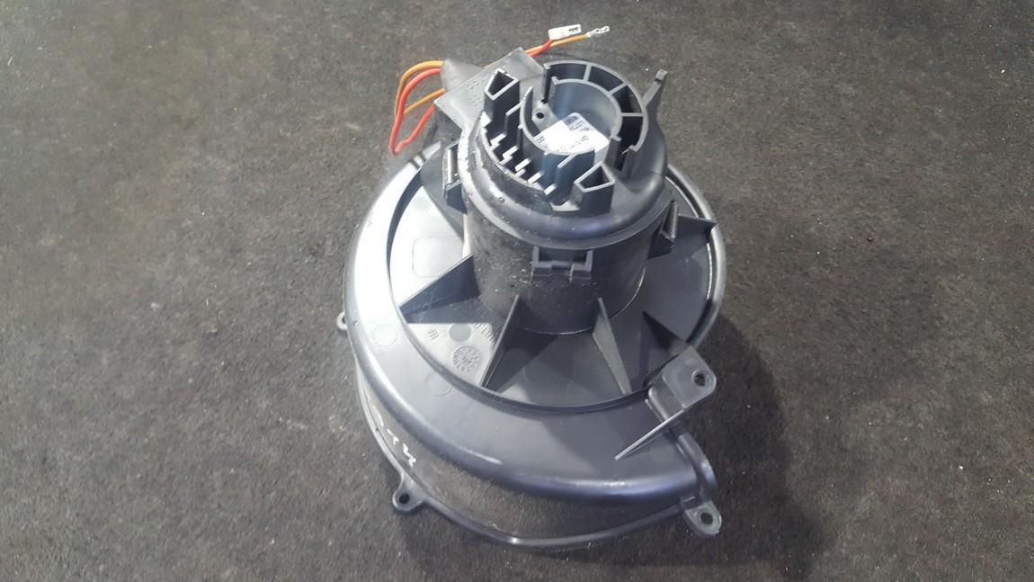 Heater blower assy Opel Astra 2005    1.6 52407544
