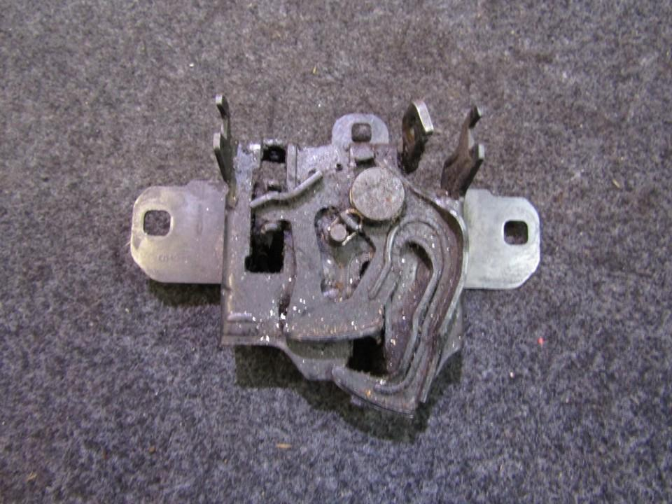 Kapoto spyna NENUSTATYTA n/a Volkswagen GOLF 1987 1.6