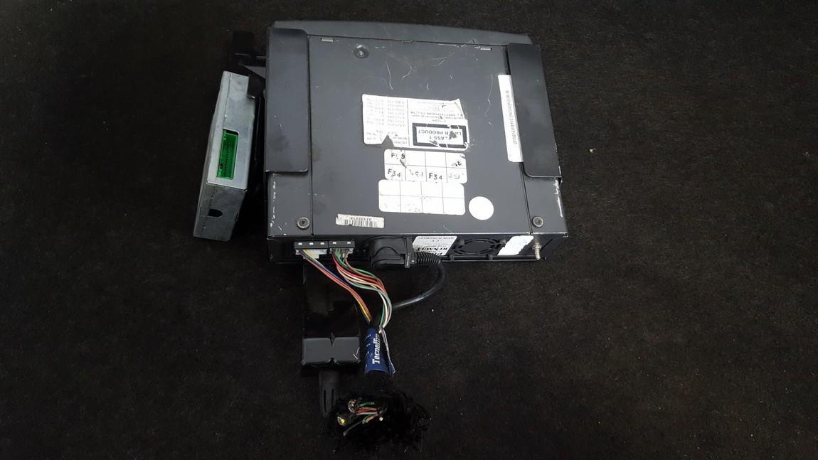 CD player NAVIGATION Renault Scenic 2002    1.7 7700437567