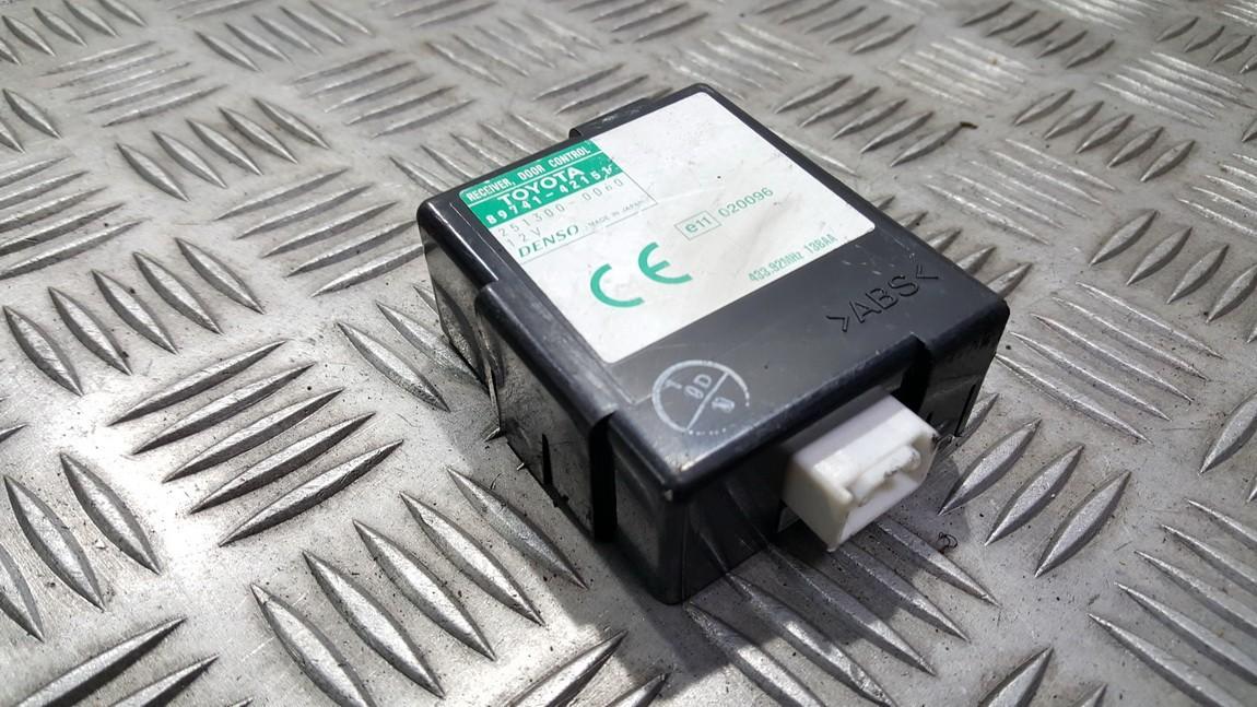 Door control relay Toyota RAV-4 2003    0.0 8974142151