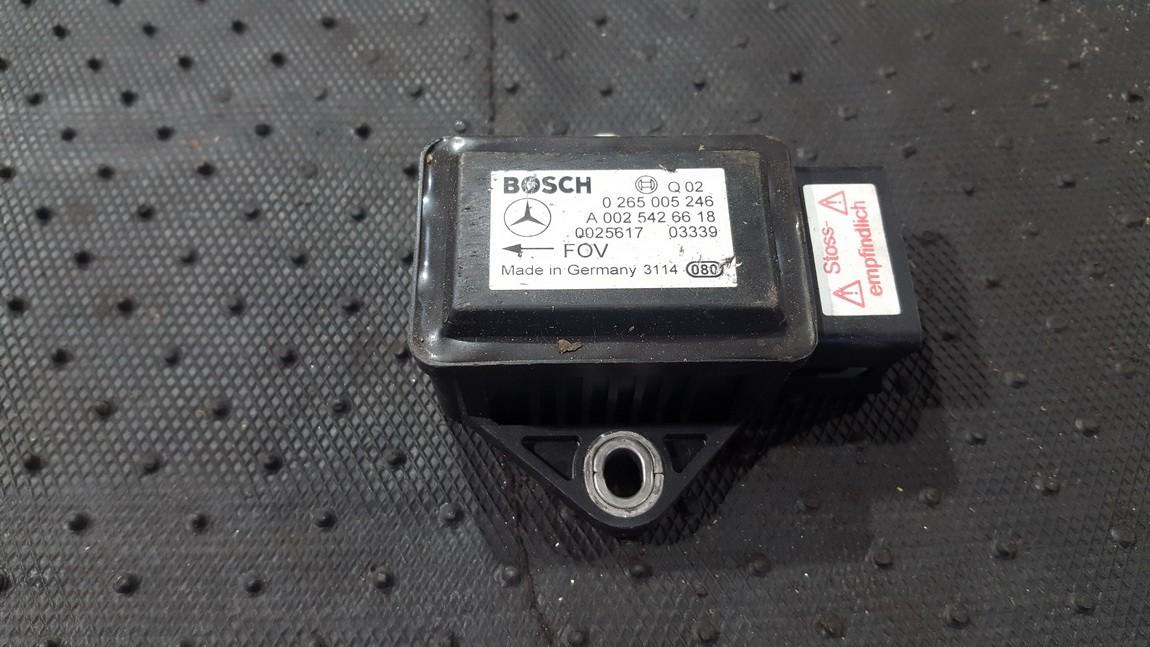 Srs Airbag crash sensor Mercedes-Benz CL-CLASS 2003    0.0 0265005246