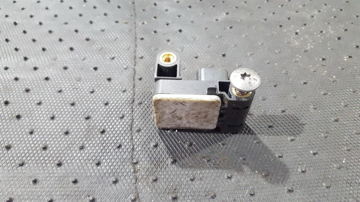 Srs Airbag crash sensor BMW 3-Series 2006    0.0 6911003