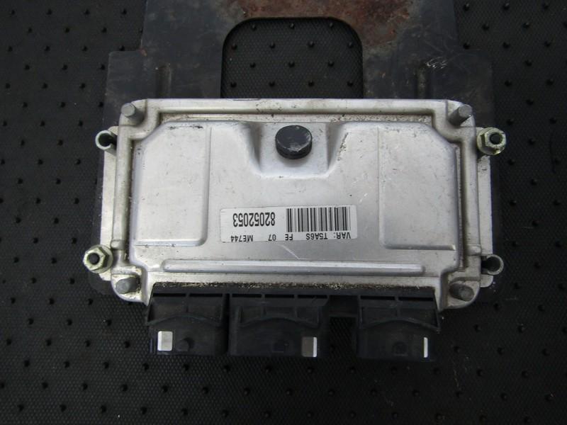 ECU Engine Computer  Peugeot 307 2002    1.6 0261206943