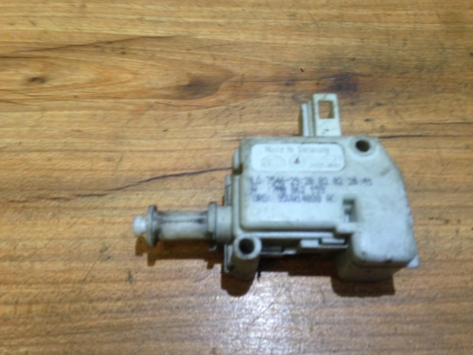 Centrinio duru uzrakto varikliukas 7m0862159 7546-29 Ford GALAXY 2001 1.9