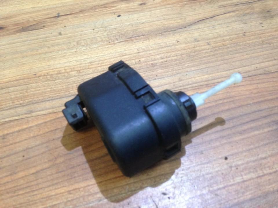 Headlighth Levell  Range Adjustment Motor Audi 80 1993    2.0 0307851346