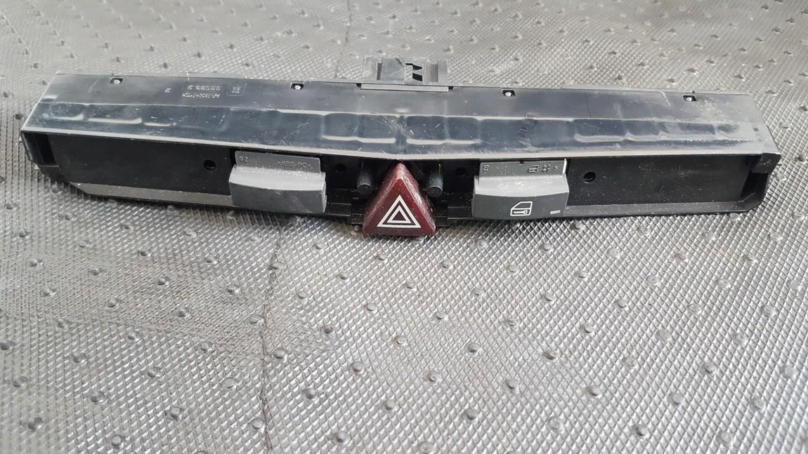 Кнопка аварийной сигнализации  03758075 gm13100105 Opel ASTRA 1999 2.0