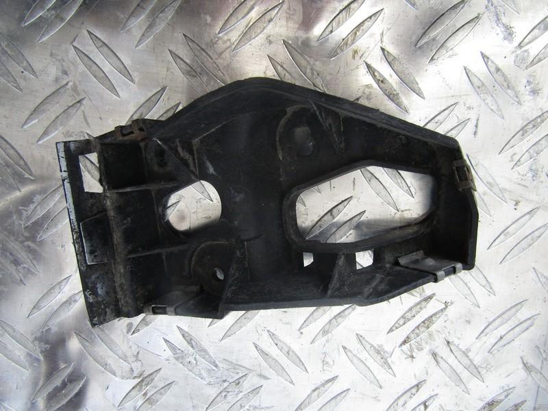 Накладки на пороги планки левый Audi A4 2003    1.8 8e0853921b