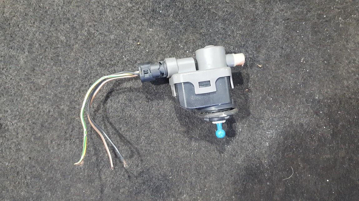 Headlighth Levell  Range Adjustment Motor Renault Laguna 2000    1.6 7700420737