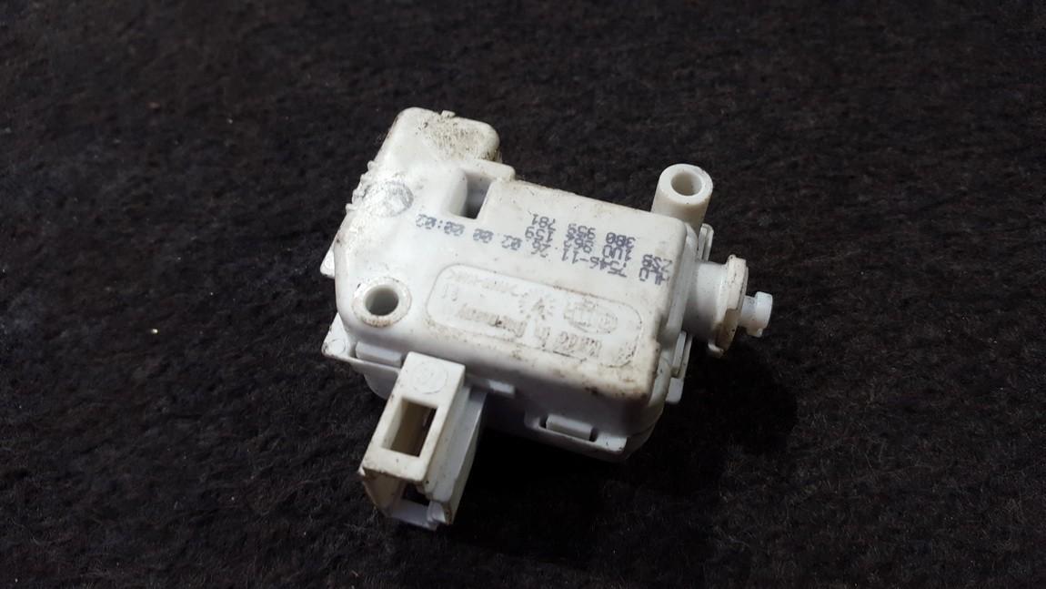 Central locking motor Volkswagen Passat 2000    0.0 3b0959781