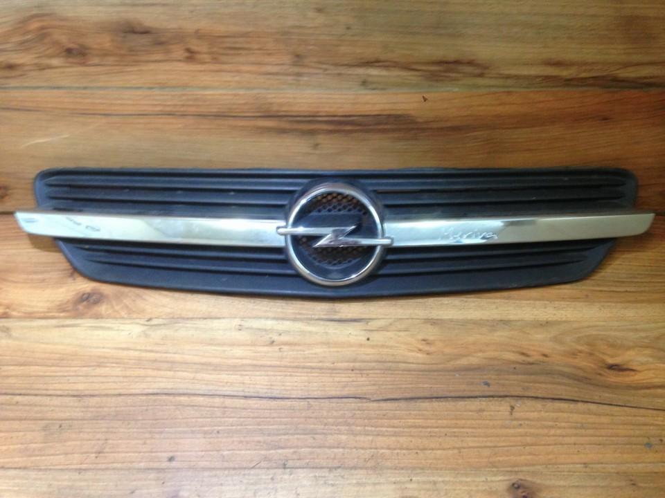 Opel  Meriva Priekines groteles