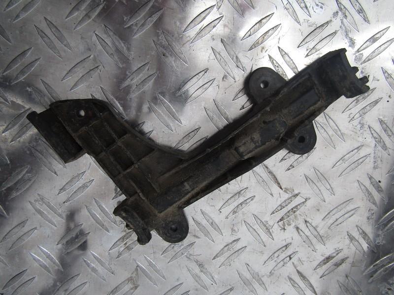 Bamperio laikiklis G.D. 8a0807484 nenustatyta Audi 80 1992 2.0