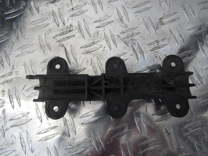 Bamperio laikiklis G.D. 4a0807253 893807253 Audi 80 1992 2.0