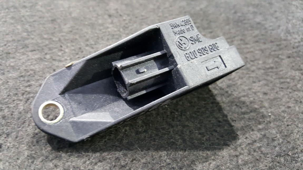 Srs Airbag crash sensor Skoda Superb 2006    0.0 5WK42895