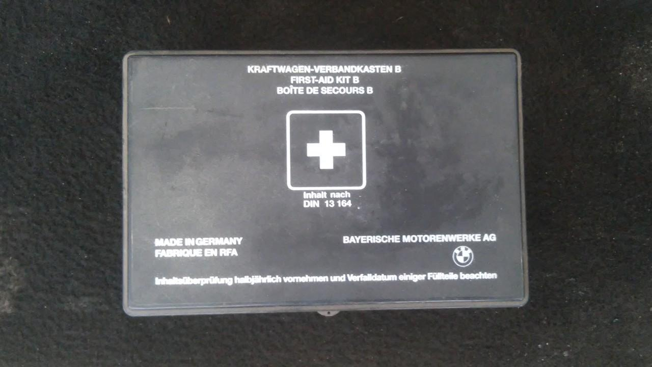 First Aid Kit BMW 3-Series 2002    2.0 din13164