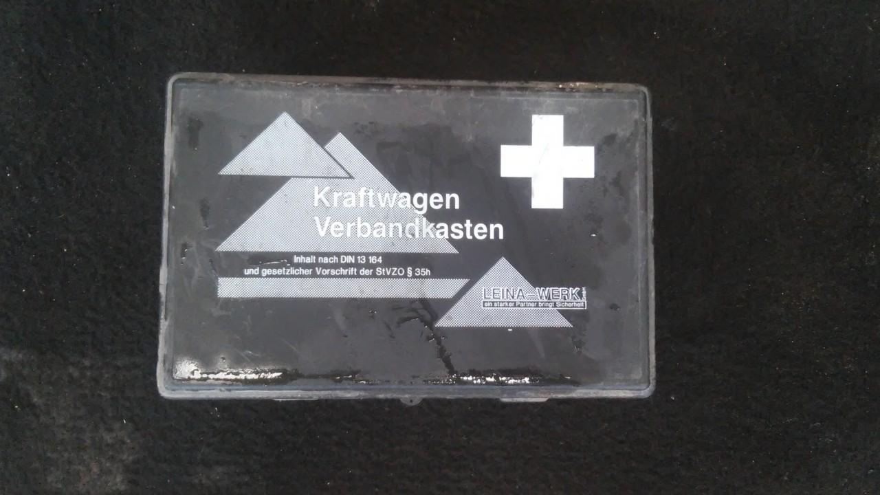First Aid Kit Volkswagen Passat 1997    1.9 din13164