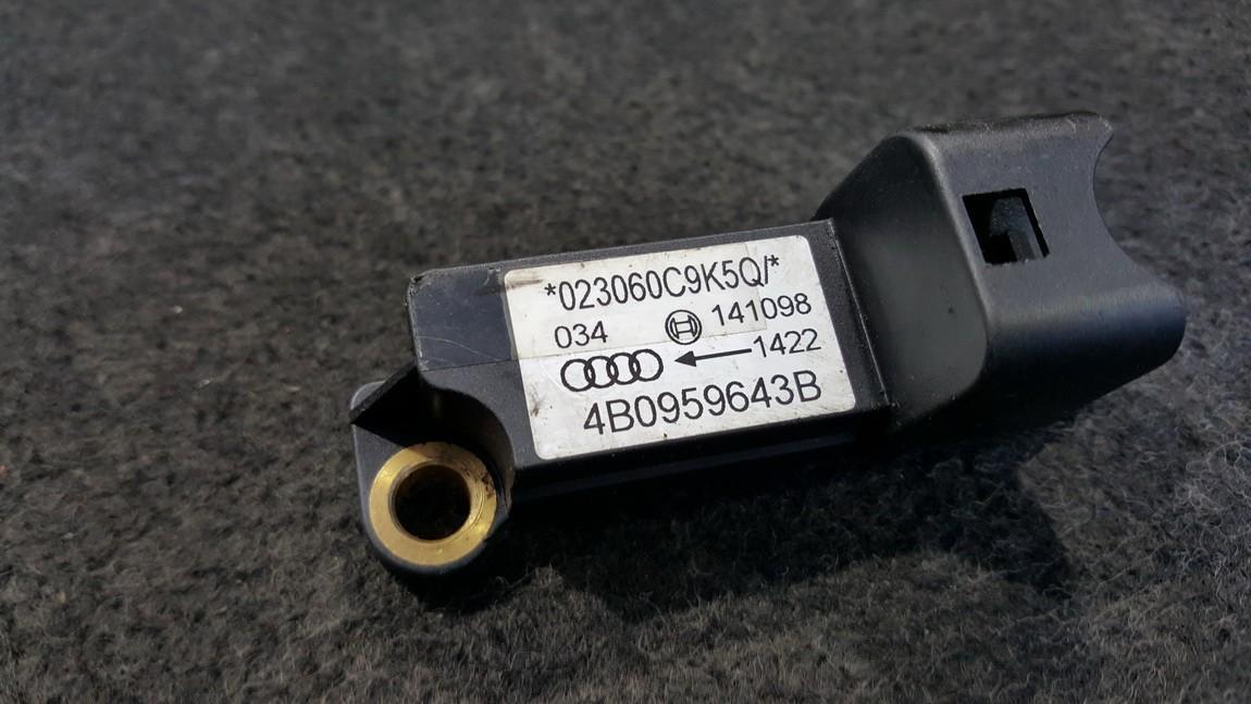 Srs Airbag daviklis 4B0959643B NENUSTATYTA Audi A6 2001 2.5