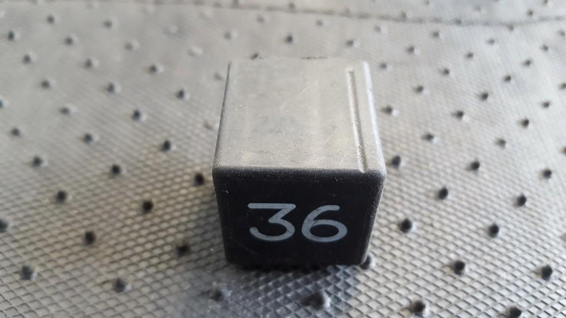 Rele 3SB00488504 3SB004885-04, 3A0951307 Volkswagen SHARAN 2000 1.9