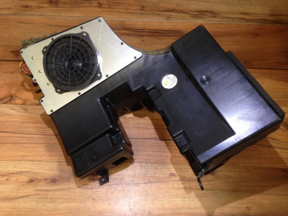 Loudspeaker Audi A4 1998    2.0 8d9035381