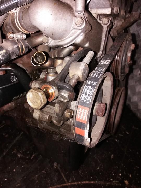 Насос усилителя руля (Насос ГУР) NENUSTATYTA      Nissan ALMERA 2002 2.2